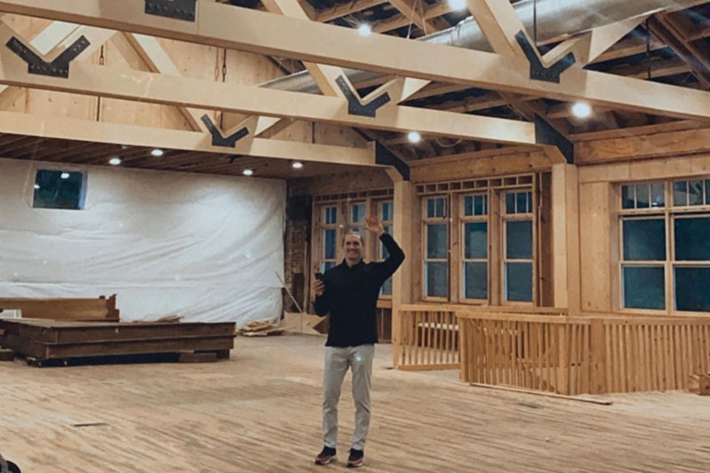 sean-eads-in-the-school-house-venue-before-opening